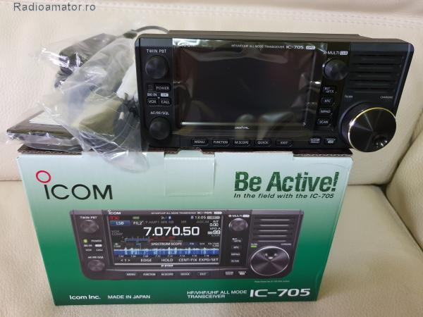 Vand #V-160032 - ICOM 705 HF+50/144/430 Mhz QRP  - yo9ina.ro